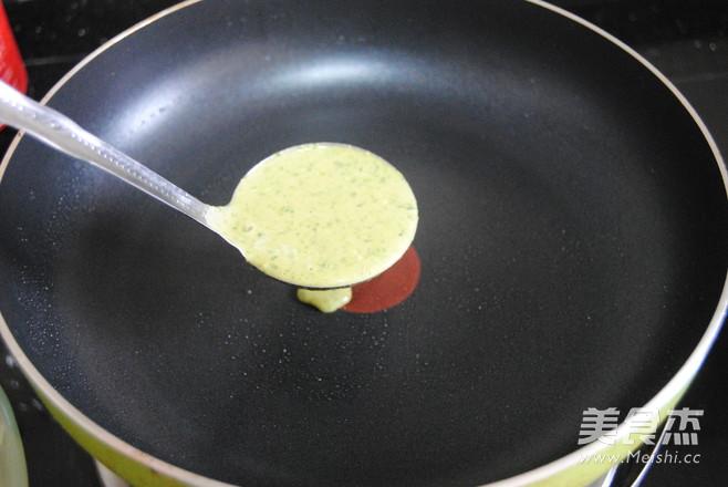 菠菜鸡蛋卷怎么吃