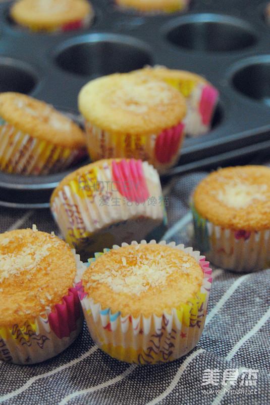 椰蓉小蛋糕成品图