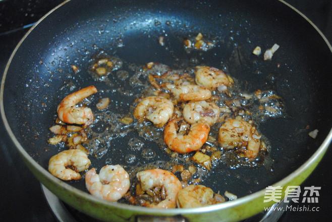 黑胡椒鲜虾芝士饭怎么吃