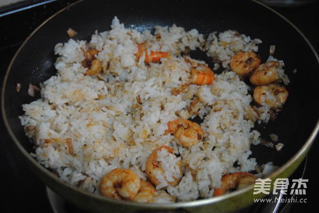 黑胡椒鲜虾芝士饭怎么做