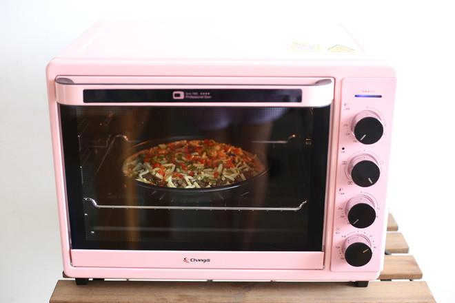 牛肉彩椒披萨的做法大全