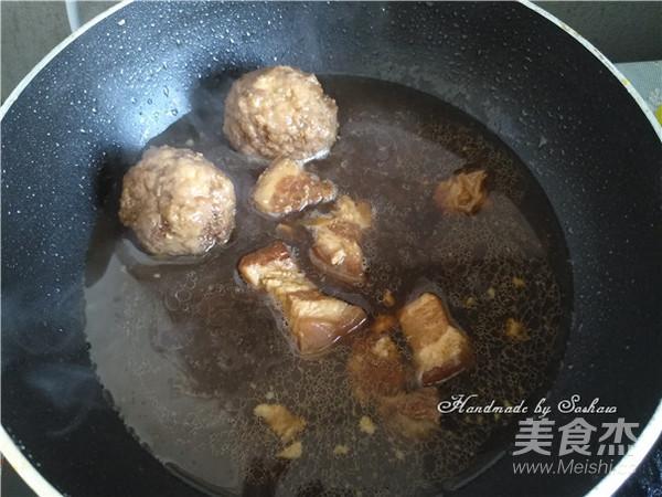 红烧肉狮子头汤面怎么吃