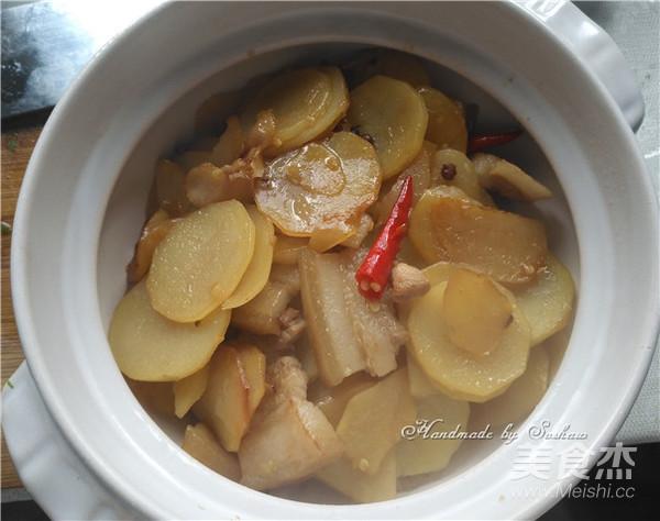 干锅五花肉土豆片怎么炒