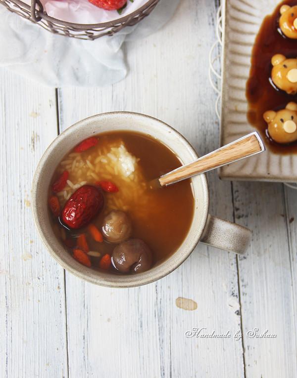 红枣桂圆酒酿姜汤成品图