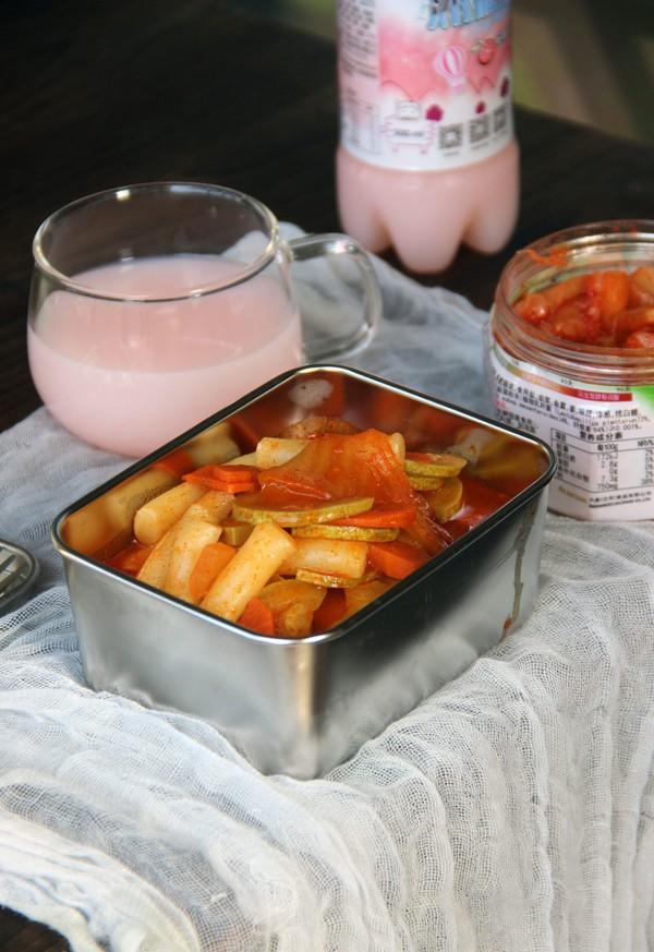 韩式泡菜炒年糕成品图