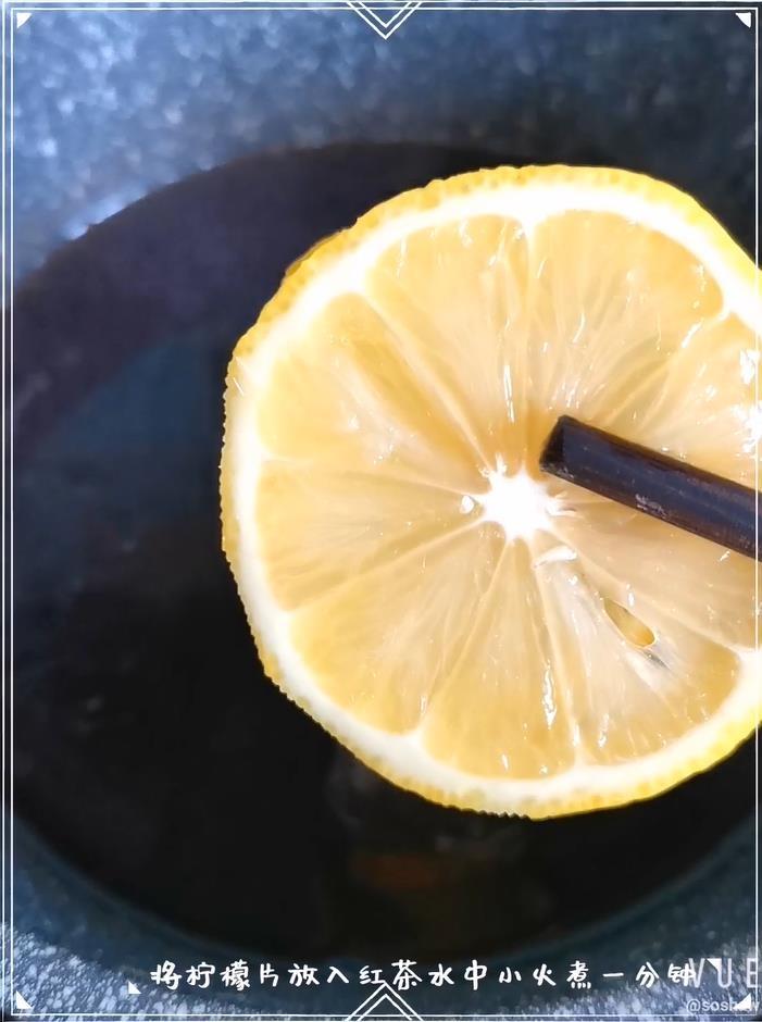 柠檬红茶冻撞奶的家常做法