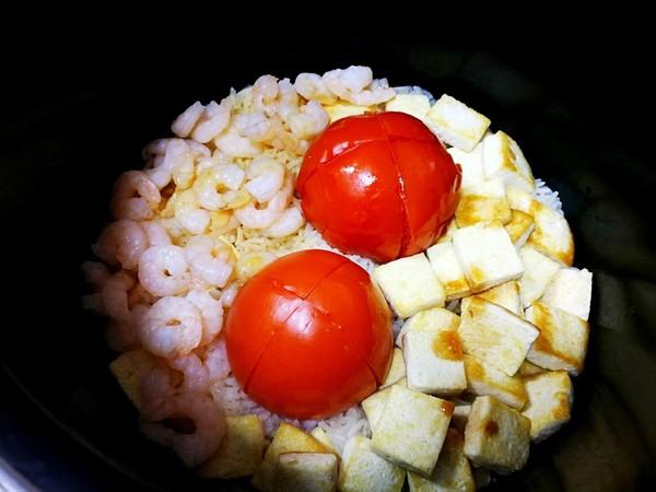 茄汁虾仁豆腐焖饭怎么炖