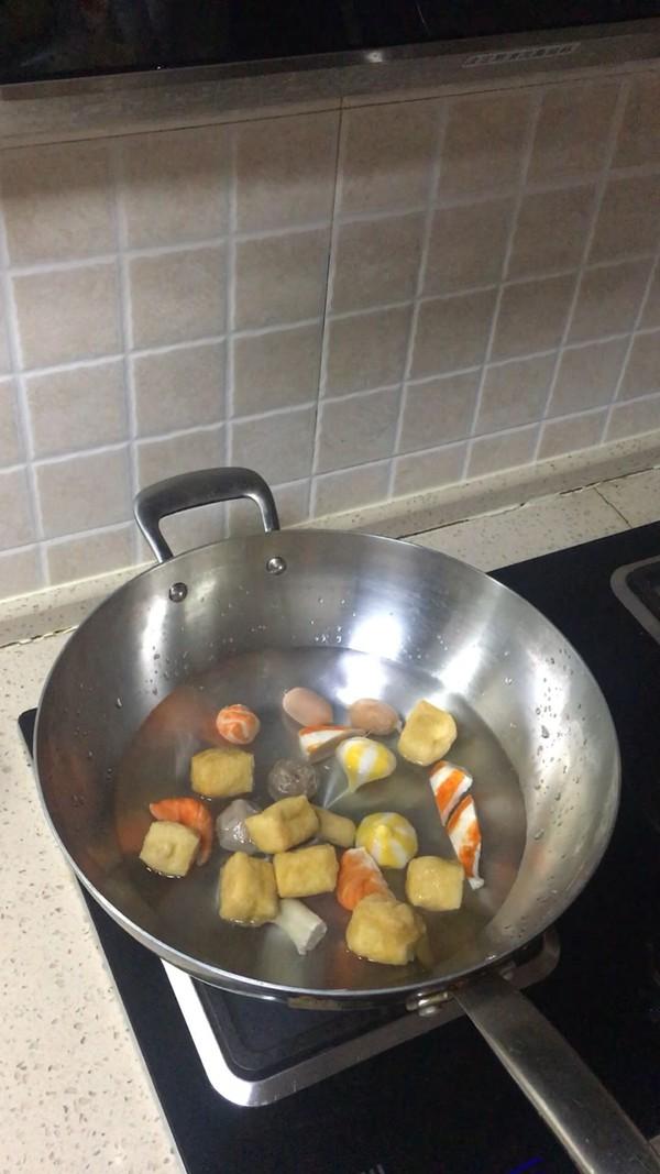 十三香麻辣锅怎么炒