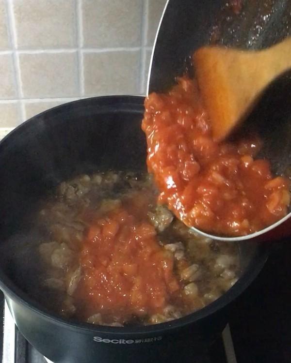 番茄牛腩锅怎么煮