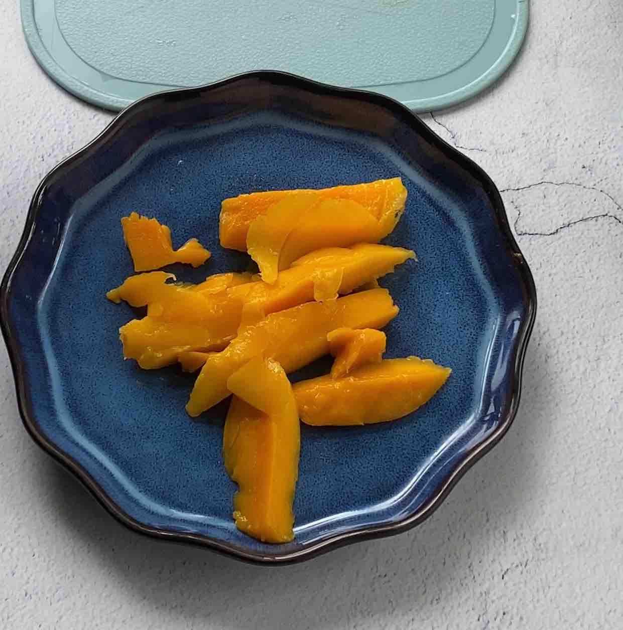 椰浆芒果露的步骤