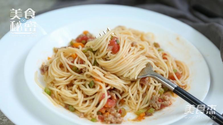 """意大利面 可以秒变主厨的""""意式肉酱面""""怎样煸"""