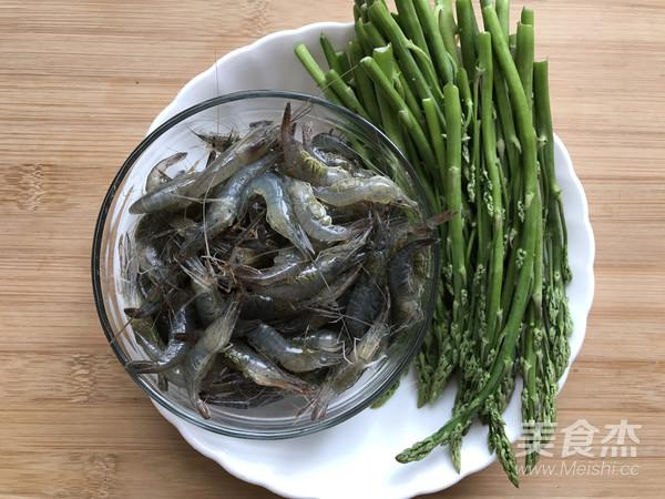 芦笋花炒小河虾的做法大全