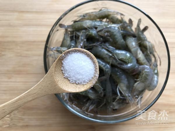 芦笋花炒小河虾的做法图解