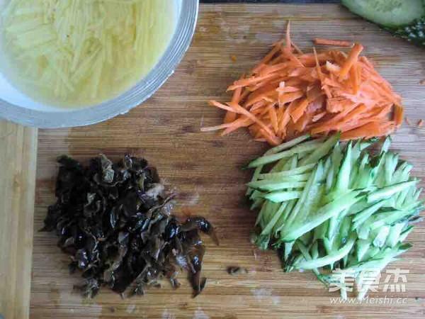 凉拌什锦土豆丝的做法图解
