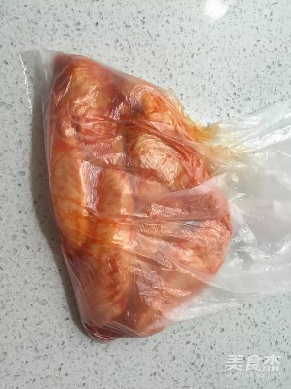砂锅奥尔良烤鸡翅的家常做法