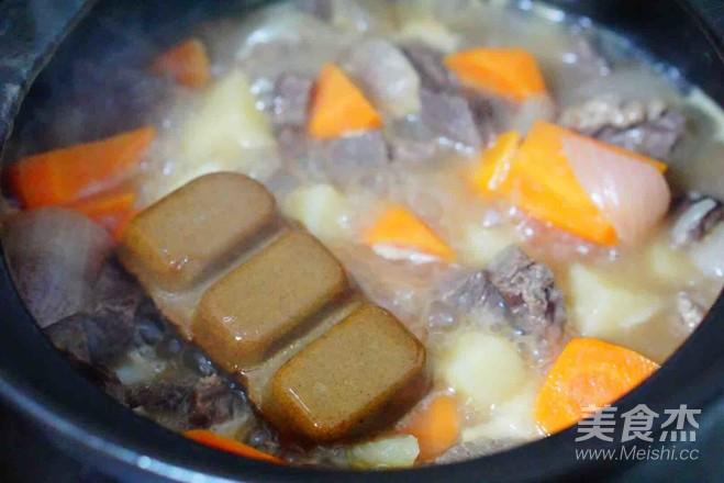咖喱牛肉饭怎样炒