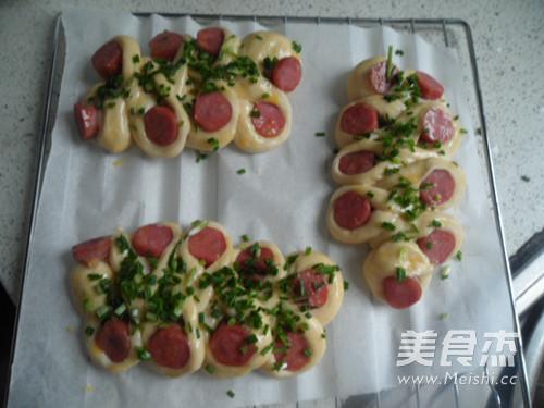 野葱香肠面包怎样做