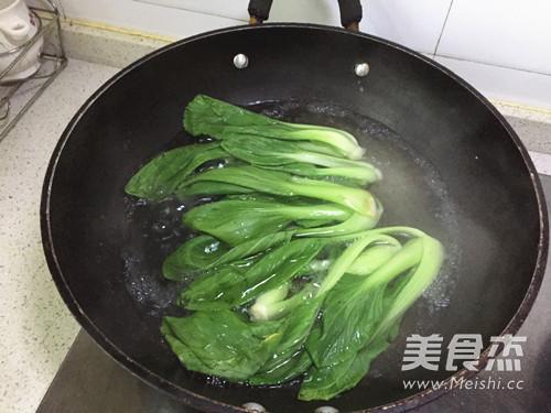 洋葱酥卤肉饭的制作方法