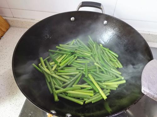 蒜苔肉丝怎么吃