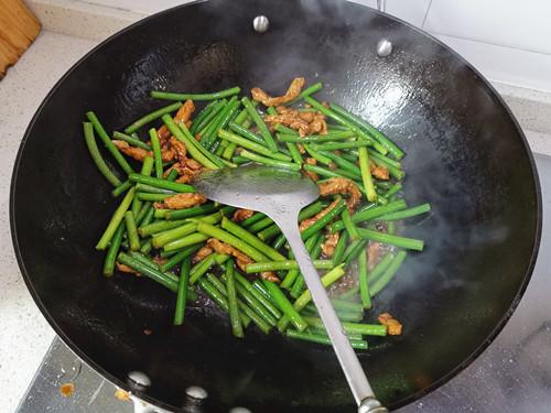 蒜苔肉丝怎么做