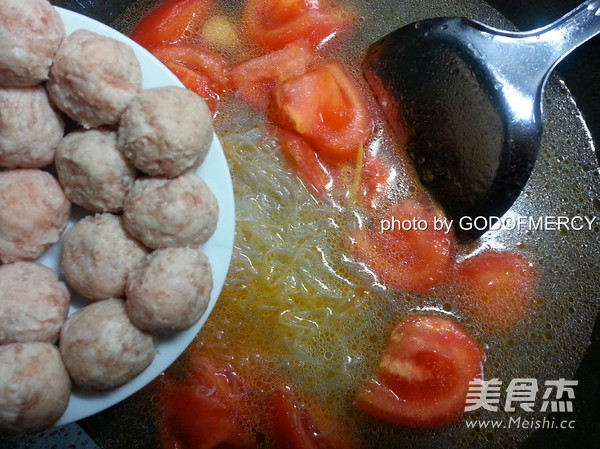番茄鸡脯肉圆子汤怎样炒