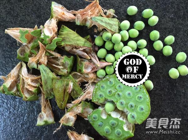 莲子丝瓜汤面的做法图解