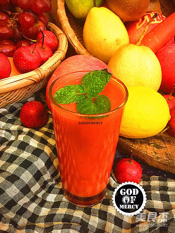 瘦身抗癌的苹果胡萝卜汁成品图