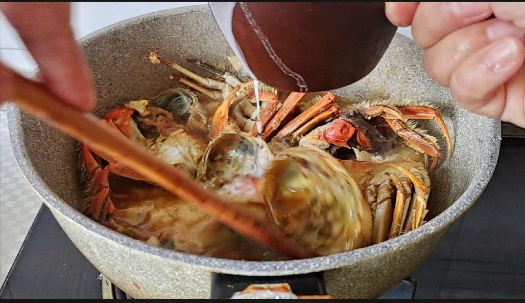 #最美不过中秋味#面拖蟹的步骤