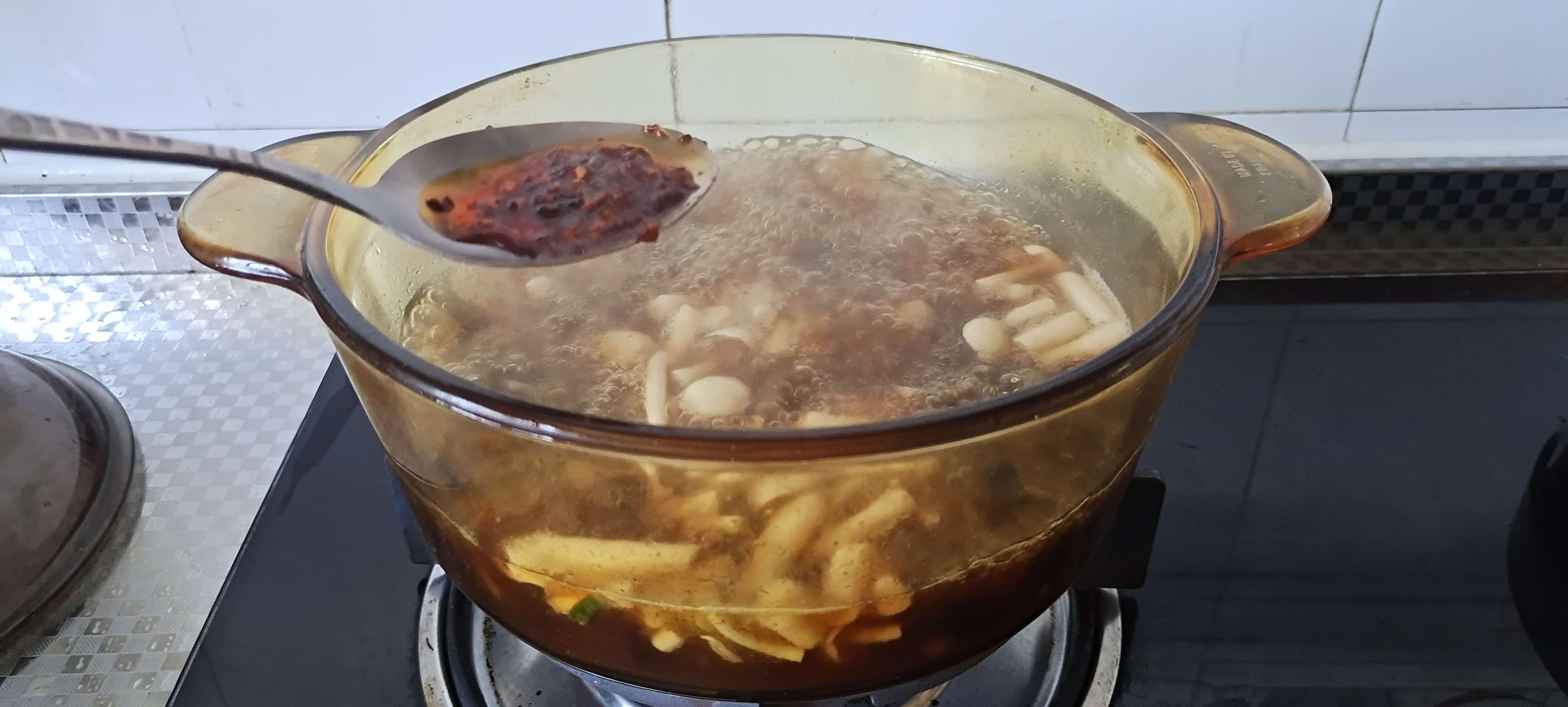 秋冬季的一碗暖身汤…酸辣豆腐羹怎么炖