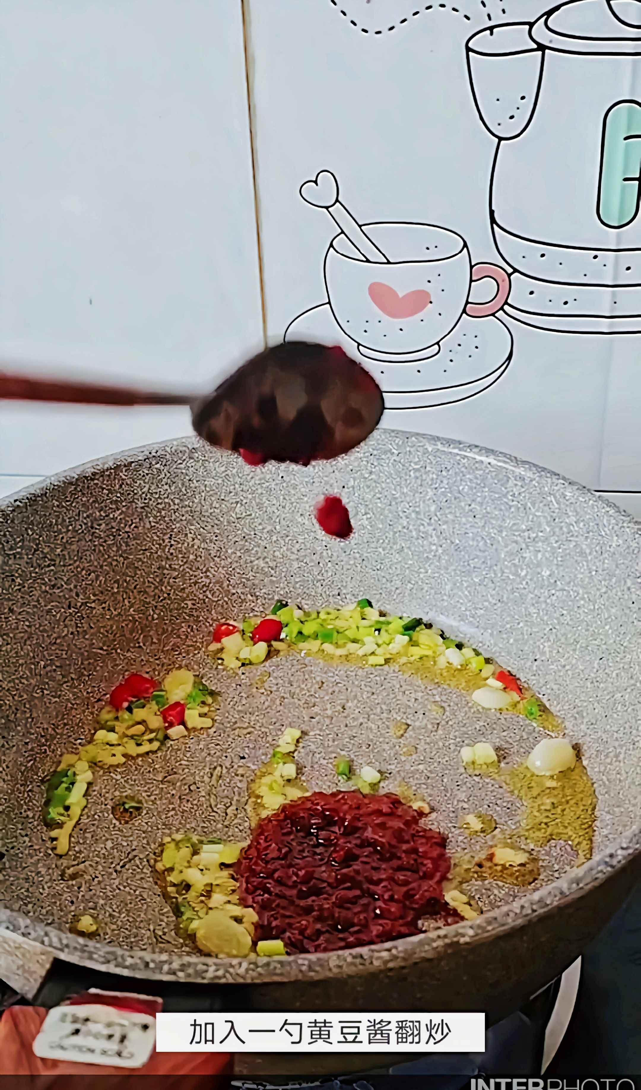 #豆腐的神仙做法#红烧木耳豆腐的做法大全