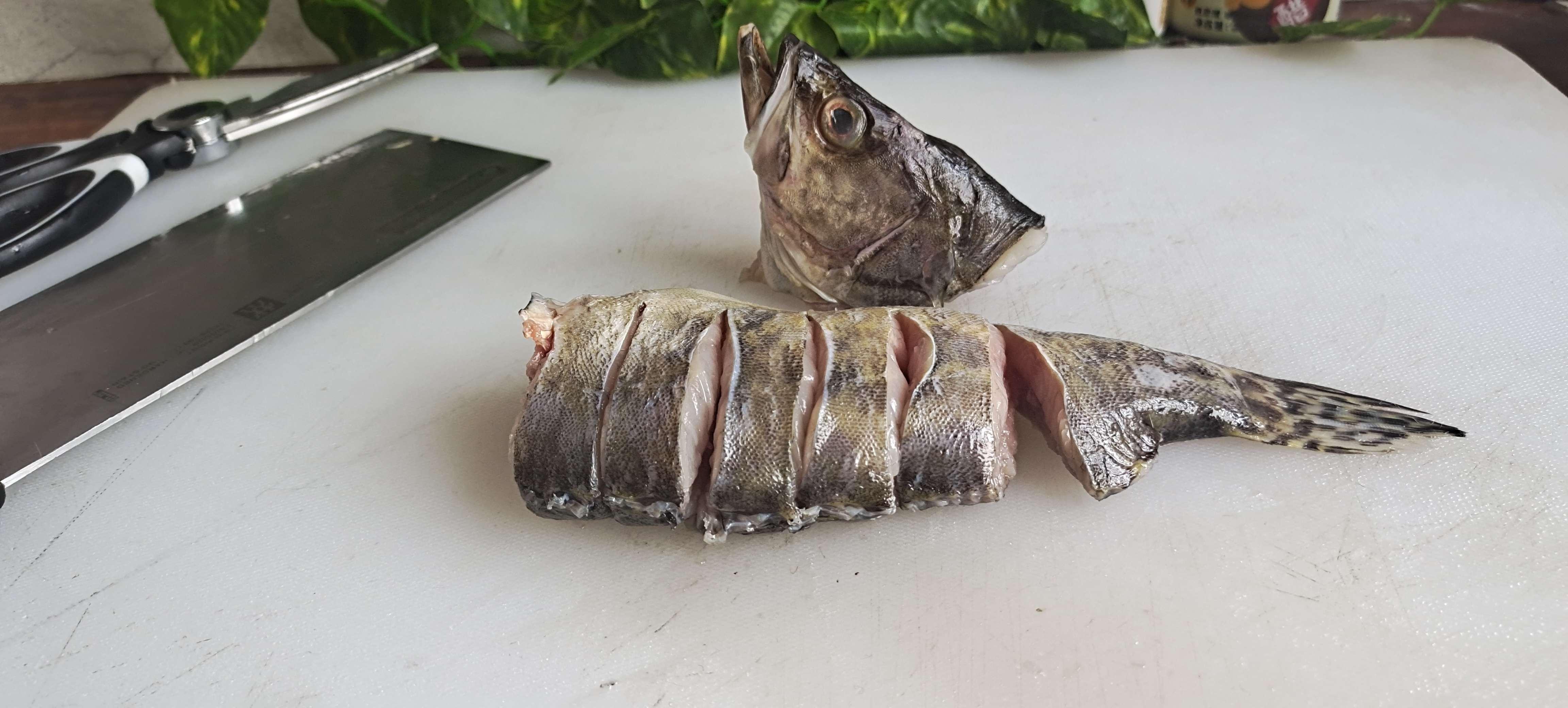 新年餐桌这样做鱼,红红火火…蒜蓉剁椒蒸鳜鱼的家常做法