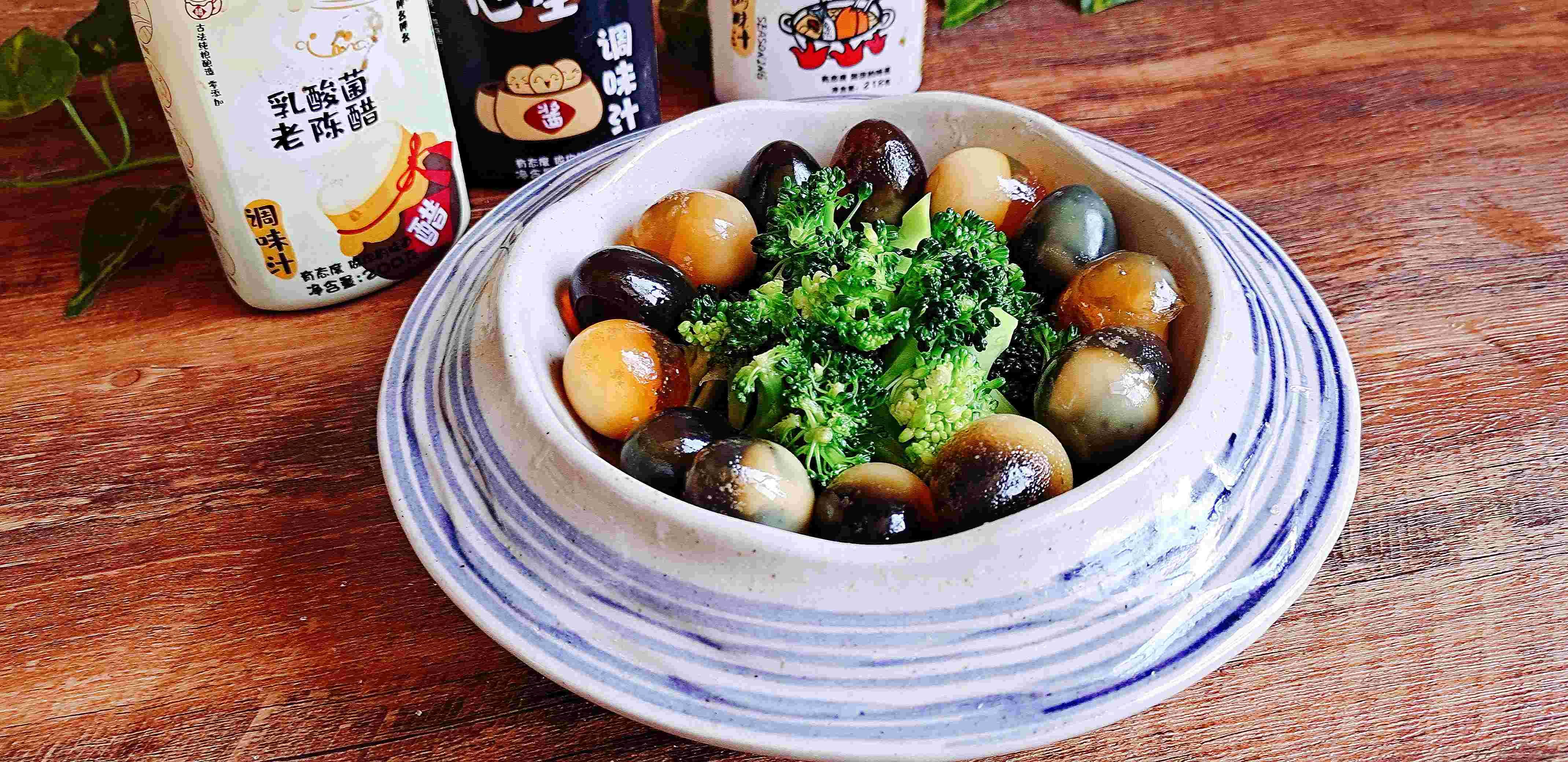 年夜餐桌一道爽口小拌菜…澆汁變蛋西藍花的步驟