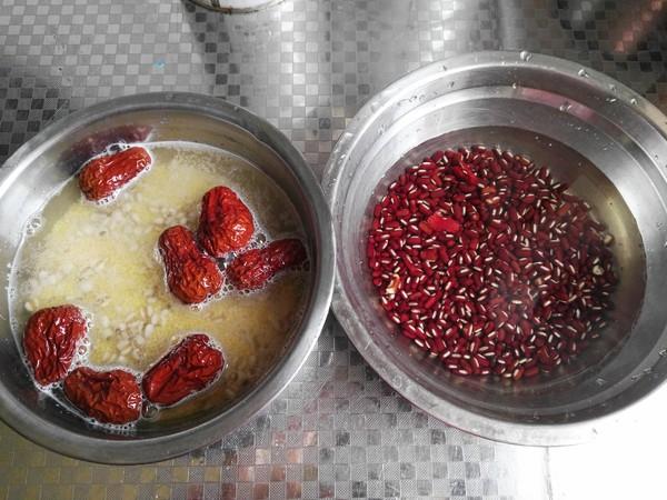 赤小豆薏米粥的做法图解