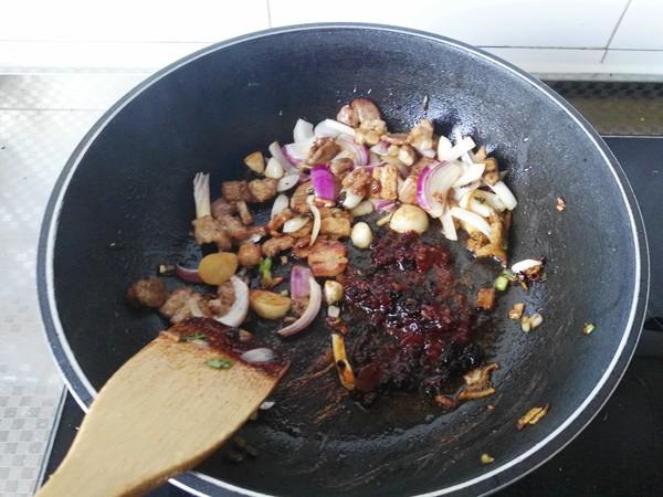 干锅茶树菇怎么做