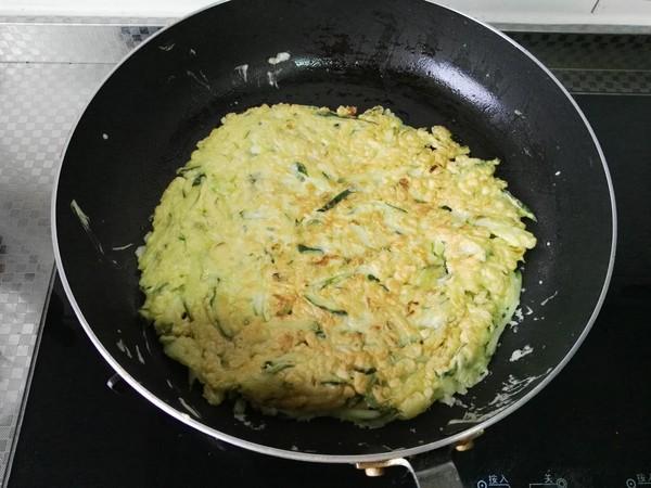 黄瓜鸡蛋早餐饼怎么炒