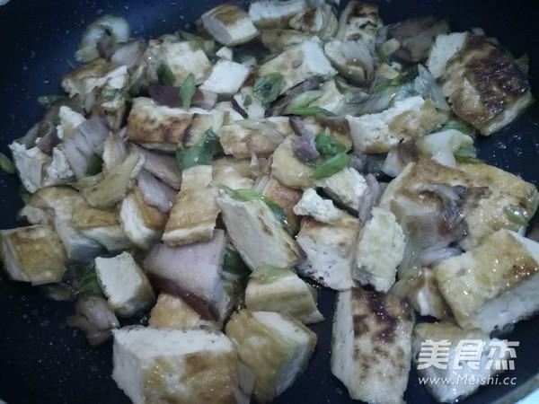 大葱炒豆腐怎么炒