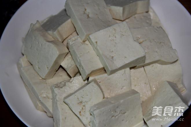 嘎牙鱼炖豆腐的做法图解