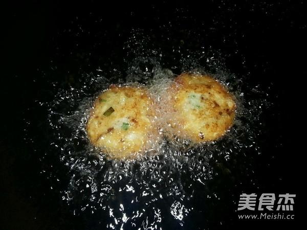 葱香牛肉土豆饼怎么做