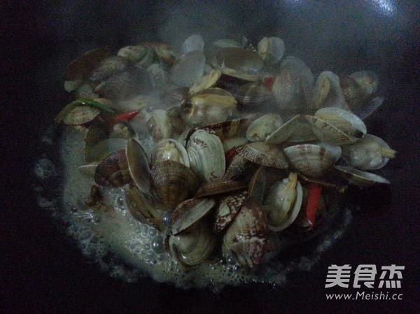 爆炒花蛤怎么做