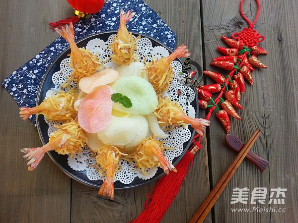 金丝沙拉凤尾虾成品图