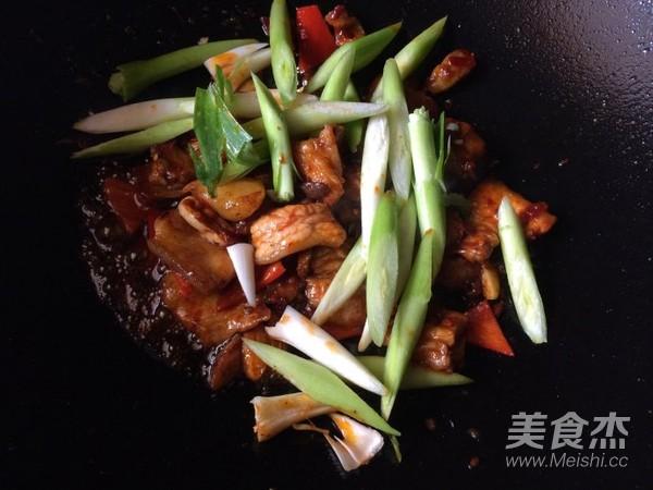 蒜香回锅肉怎么做
