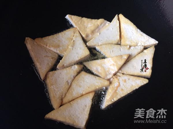 韭菜烧豆腐的家常做法