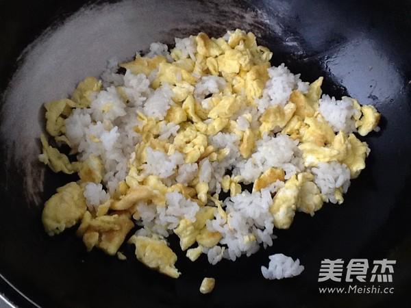 鸡蛋炒饭怎么做