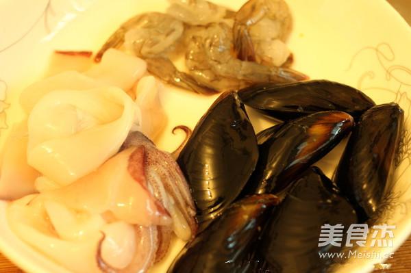 韩式辣海鲜面的家常做法