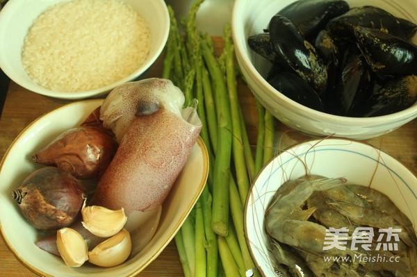 海鲜芦笋烩饭的做法大全