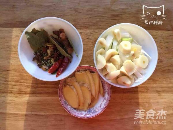 家乡美食~干豆角炖红公鸡的简单做法