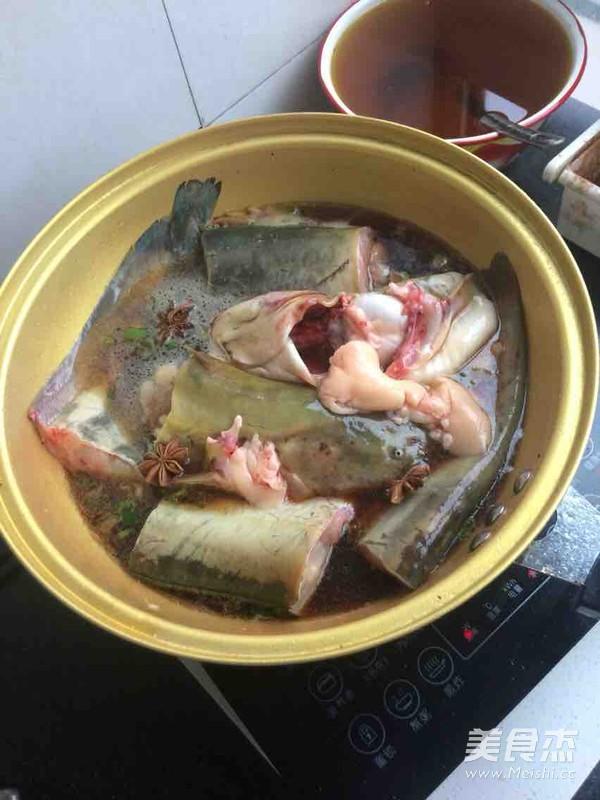 鲶鱼炖茄子怎么做