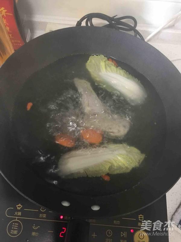 排骨蔬菜什锦面的简单做法