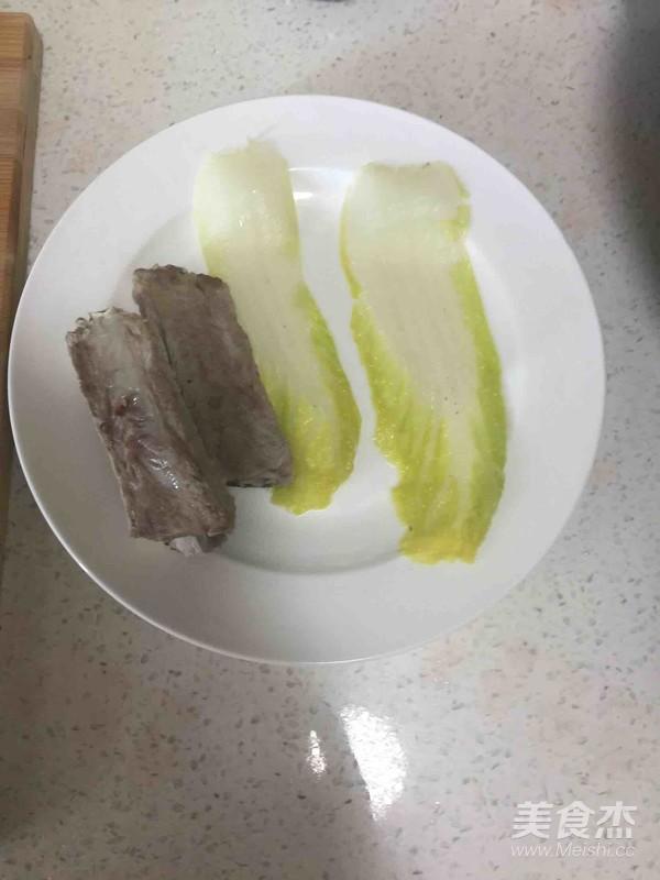 排骨蔬菜什锦面怎么吃