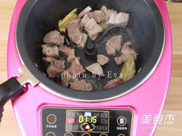 无肉不欢-白萝卜炖牛腩怎么吃